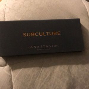 Anastasia Beverly Hills Makeup - ABH Subculture Eyeshadow palette